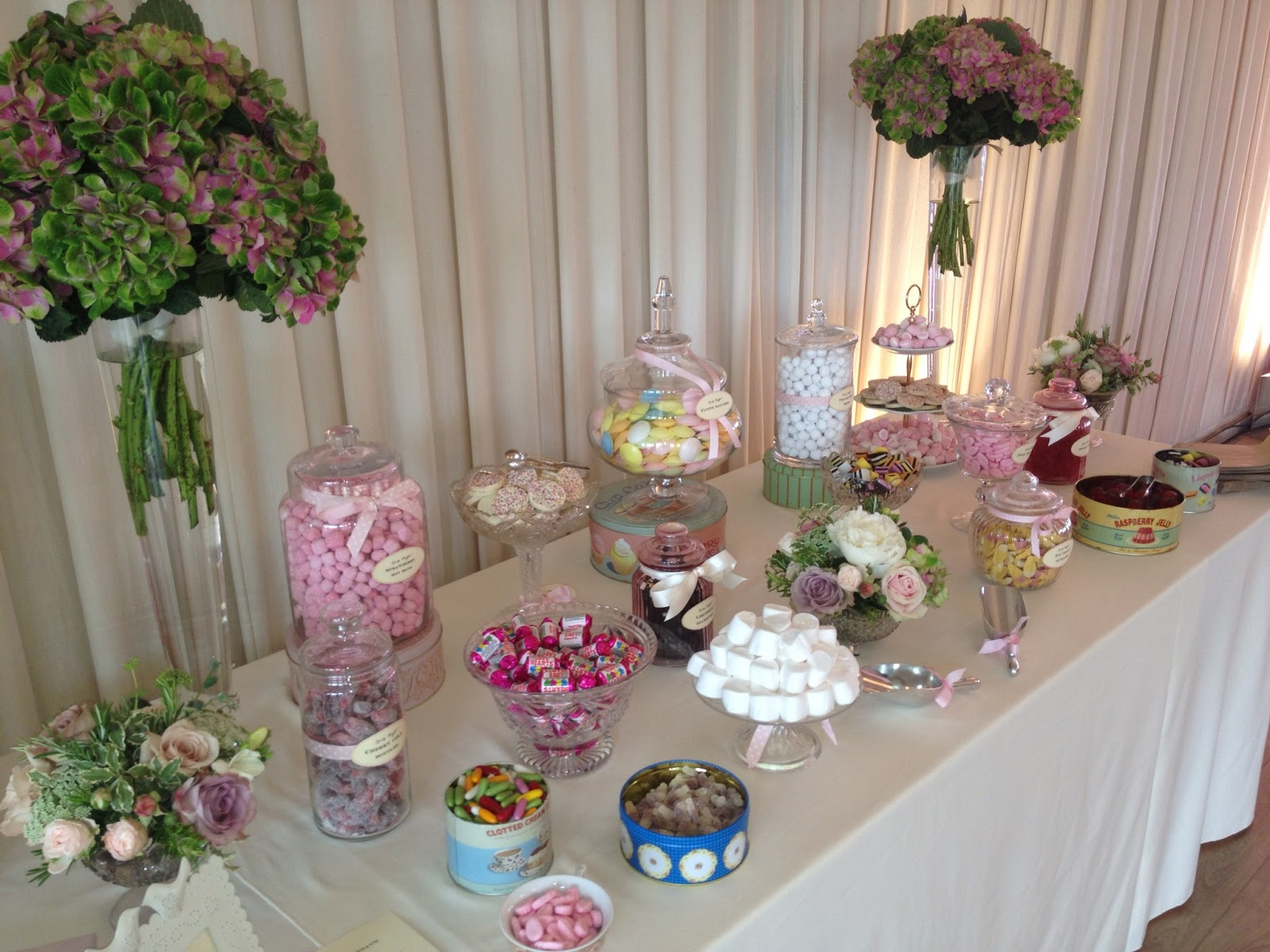 Bristol wedding news bristol 39 s best sweet tables for Decoration sweet table