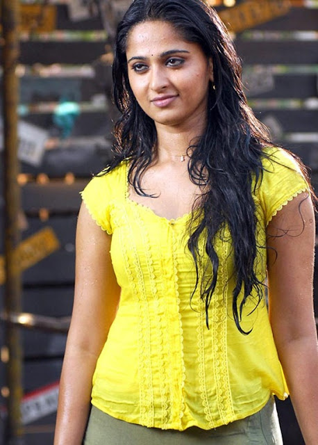 Anushka Sexy Photo Stills
