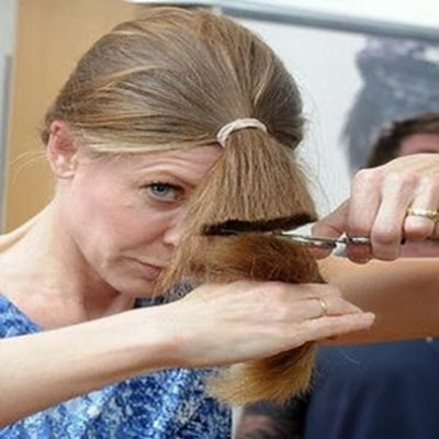 Como cortar o cabelo sozinha
