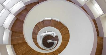 Escalera minimalista en espiral escaleras bonitas y todo - Escalera en espiral ...