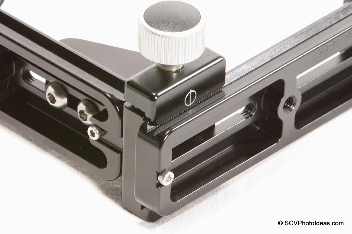 Vertical rail assembly on Hejnar G13-80 rail end - bottom clamp closeup