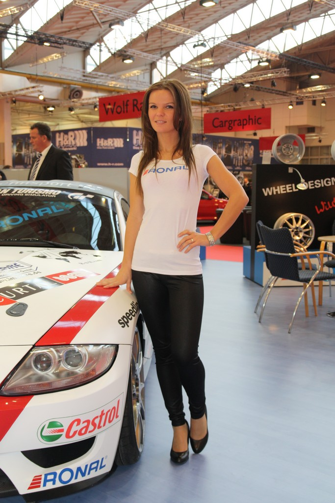 2011 Essen Motor Show Girls Part 1 Carsfresh