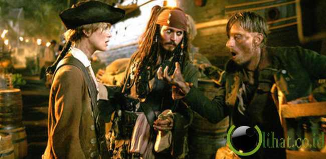 PIRATES OF CARIBBEAN: DEAD MAN'S CHEST (2006)