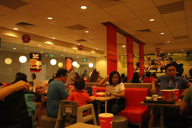 THE HUNT FOR JOLLIBEE IN SINGAPORE