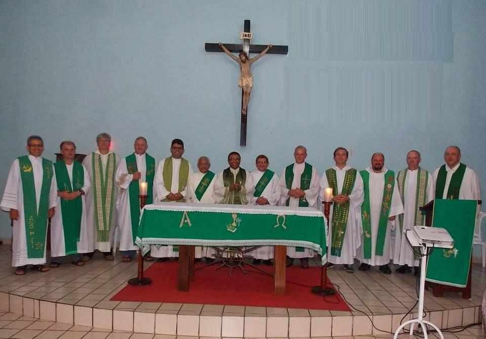 Foi com grande alegria que recebemos no dia 09/02/2014 a visita dos padres do RS.