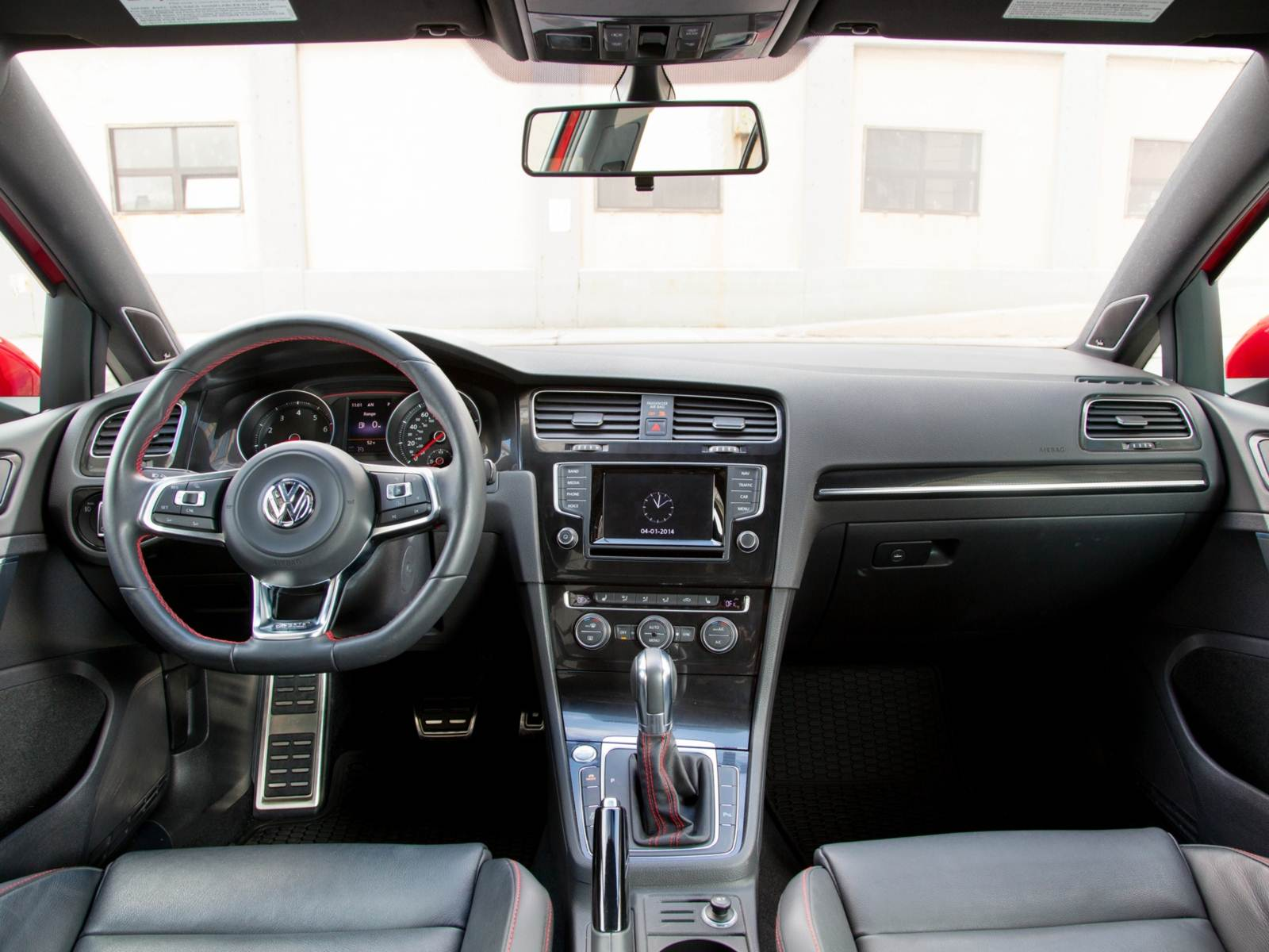 VW Golf GTI - interior