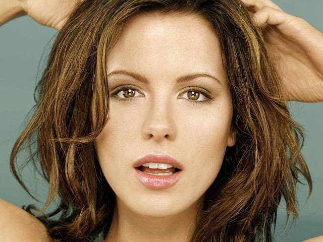 Kate Beckinsale Biography and Photos 2011