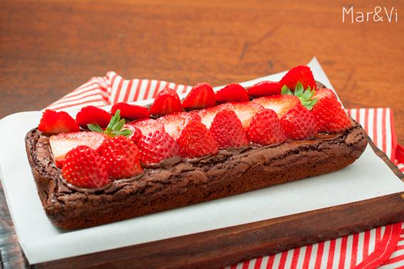 Brownie con fresas :paso a paso