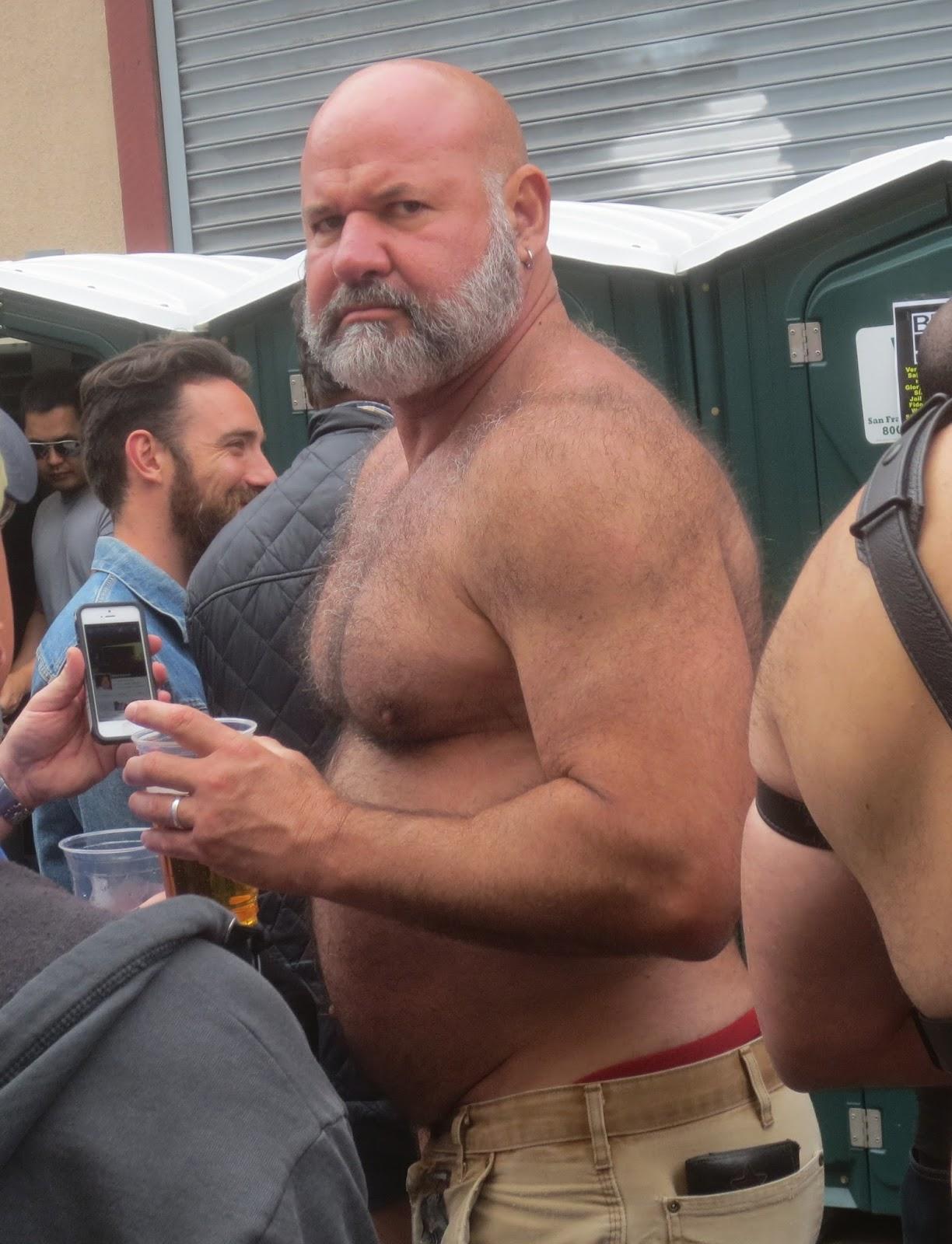 Pierre froide steve austin gay