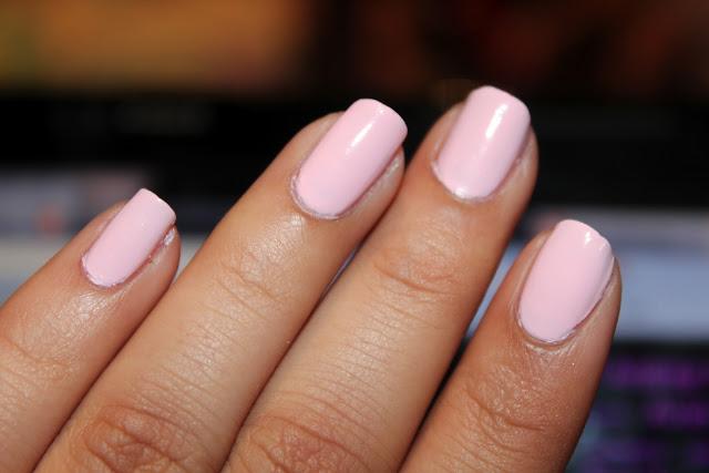 Avon Pink Pastel