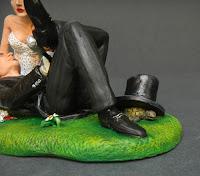 particolare cake topper milano scarpa sposo tartaruga sposini speciali orme magiche