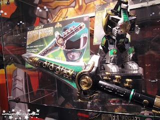 green ranger,mighty morphin power rangers,mighty morphin power,dragon dagger,bandai,comic con 2013, october 11th 2013, saturday, sunday, comic con sunday, comic con saturday,new york,nyc,manhattan,jacob javits center,newyork,power rangers,