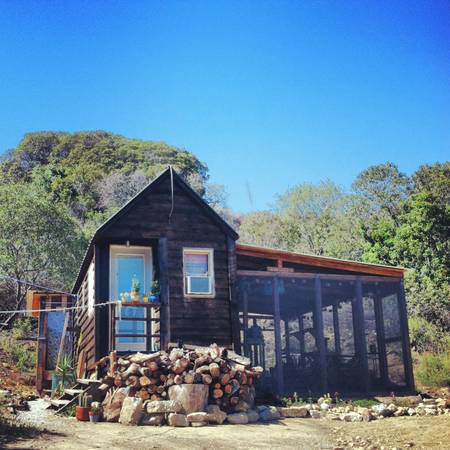 Gypsy yaya tiny home in topanga canyon fab craigslist find for Canyon house