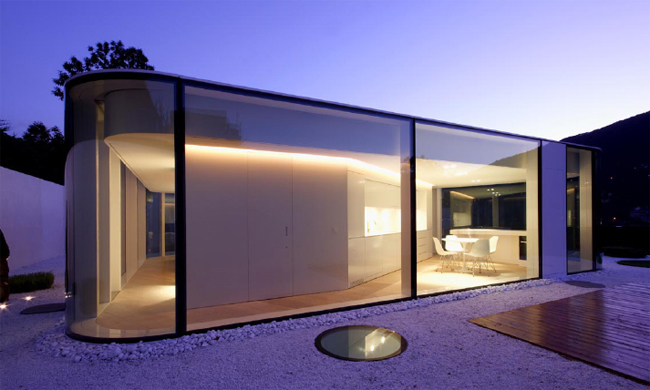 Gently Curved Glass House Modern Design By