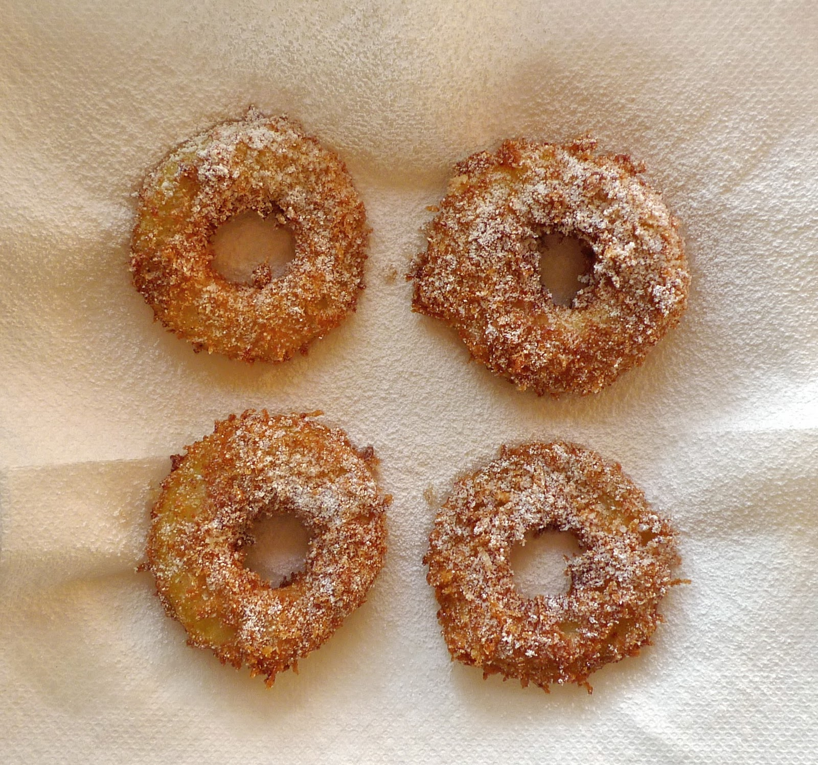 siriously delicious: Crispy Fried Apple Rings