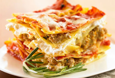 http://sapurisicilianu.blogspot.it/2015/06/lasagne-al-ragu-e-pistacchio-alla.html