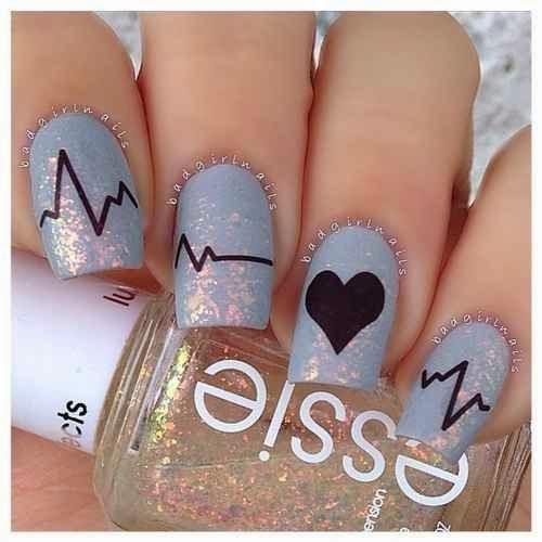 Ideias para pintar as unhas no dia dos namorados