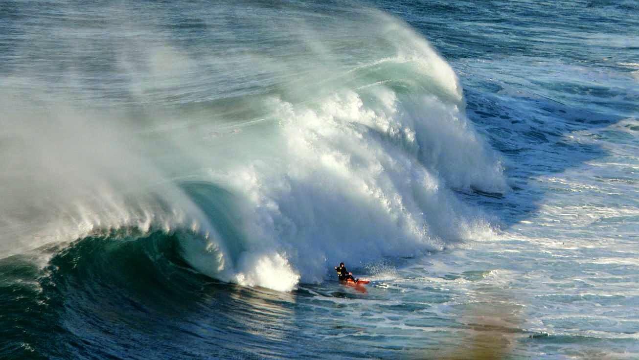 surfing menakoz 36