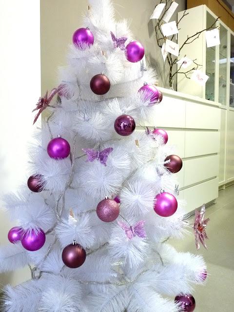 Hermanas bolena y qu os cuento yo ahora - Decoracion arbol de navidad blanco ...