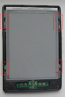 Amazon Kindle 4 снимаем заднюю панель