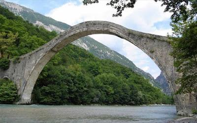 Γεφύρι της Πλάκας: Λήψη μέτρων για την επίσπευση του έργου