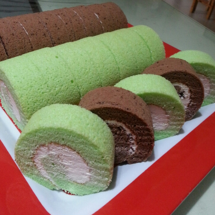 Chiffon Swiss Roll Cake Recipe