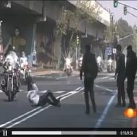 Desfile de motos acaba mal