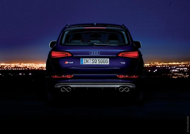 Back photo of Audi SQ5