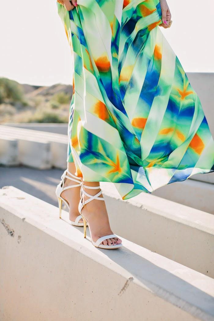 blog de moda-dicas de moda-roupas da moda-moda feminina-vestido-vestido longo-vestido estampado-sandalia branca-feminino-roupas