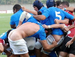 funny picture rugby players tackling