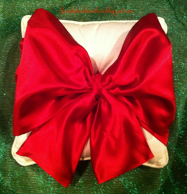 "alt=""Easy No Sew Pillow with Red Satin Bow tutorial"""