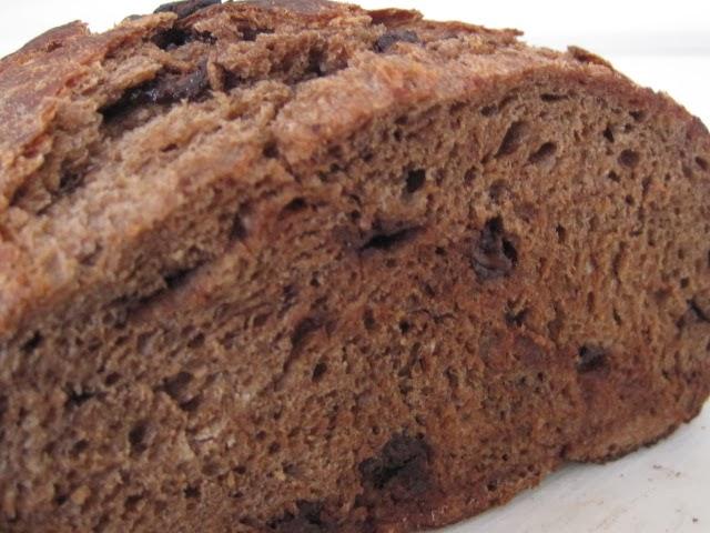 chocolate bread from bakechocolatecake.blogspot.com