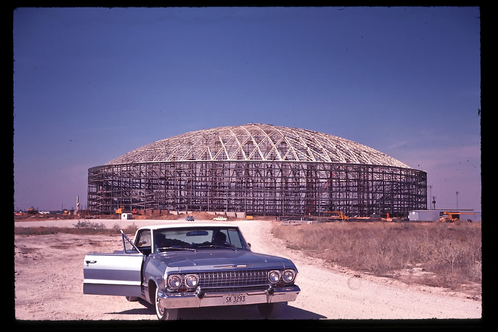 36 Amazing Historical Pictures. #9 Is Unbelievable - Astrodome under construction, 1964.