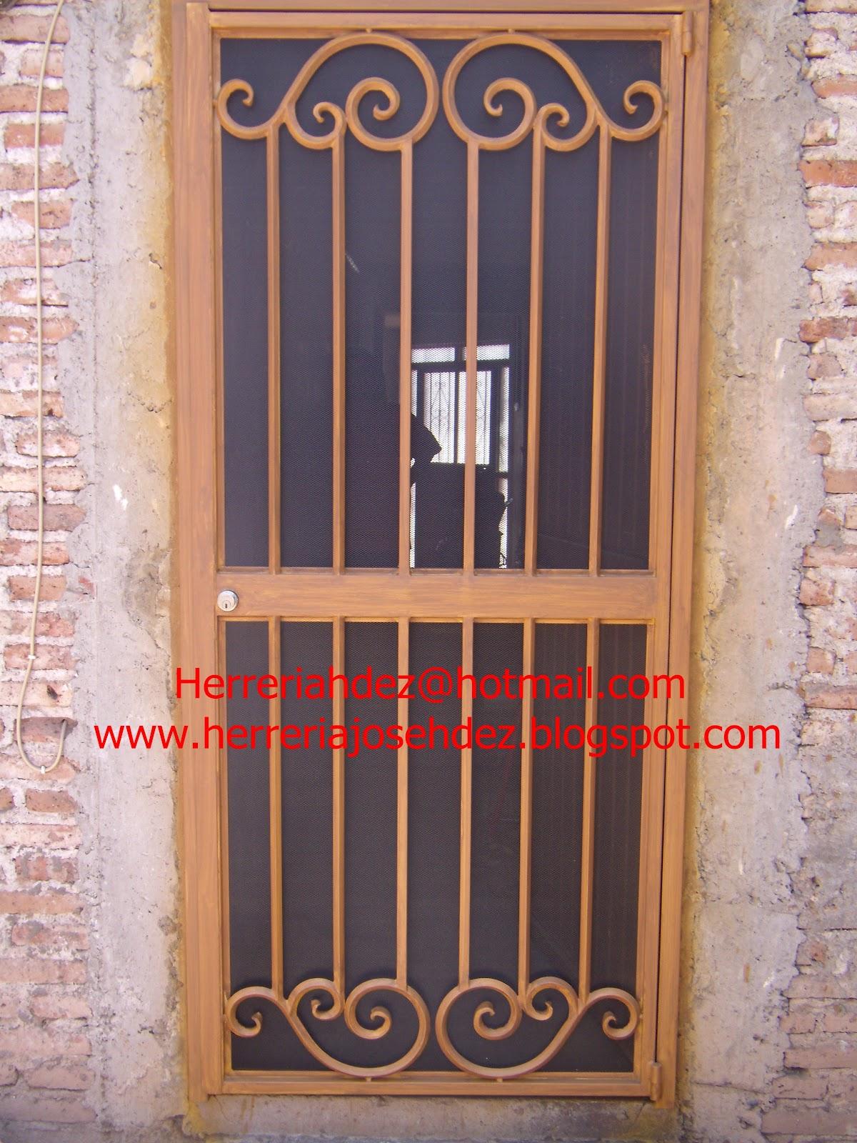 Herreria art stica hern ndez dale click en entradas - Puertas mosquiteras de madera ...