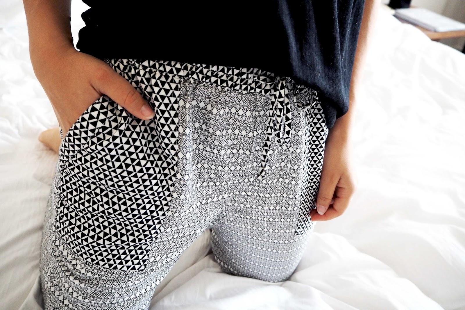 Pantalon pyjama imprimé noir blanc Undiz