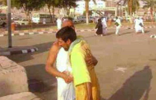 Tukang Sapu di Mekkah Ini Jadi Miliuner Dalam Sekejap