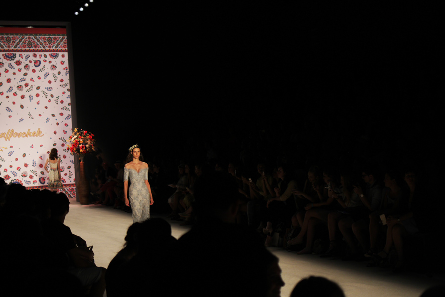 pin up lena hoscke mbfwb berlin fashion week