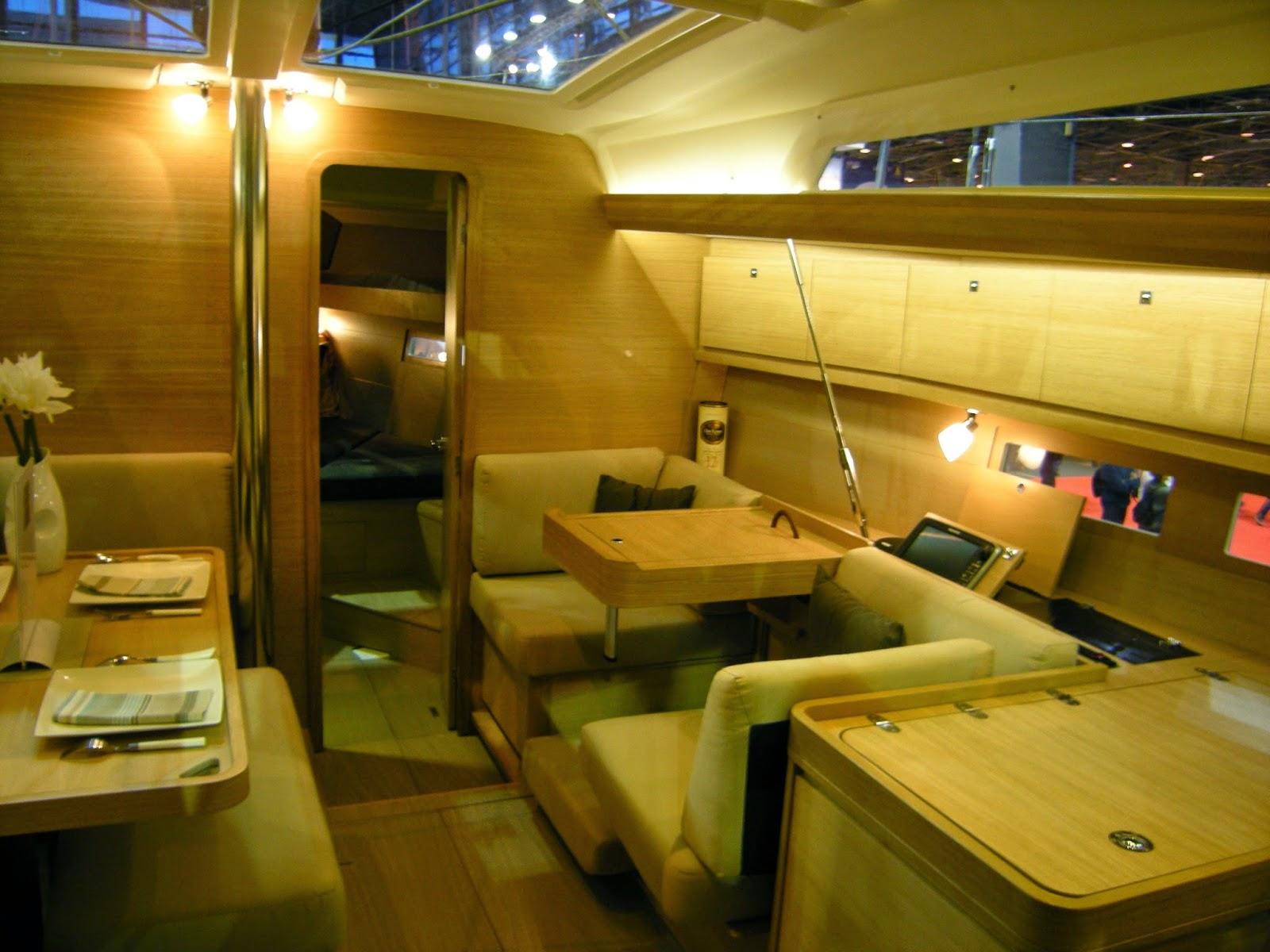dufour 410 client m content un sillage port camargue. Black Bedroom Furniture Sets. Home Design Ideas