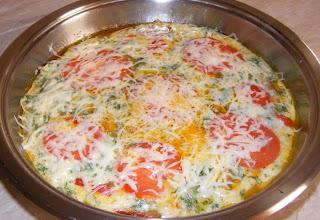 omleta, omleta primavera, reteta omleta, retete omleta, gustari, mic dejun, retete de mancare, mancaruri, retete culinare, preparate culinare, omleta cu legume, omleta cu branza, omleta pufoasa, omleta cu sunculita, omleta de primavara,  retete mic dejun, retete gustari, omleta de casa,