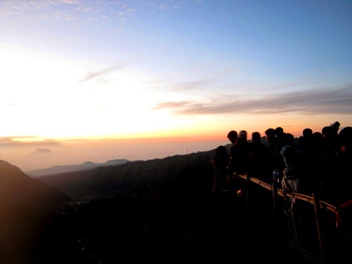 Sunrise at Kingkong Hill
