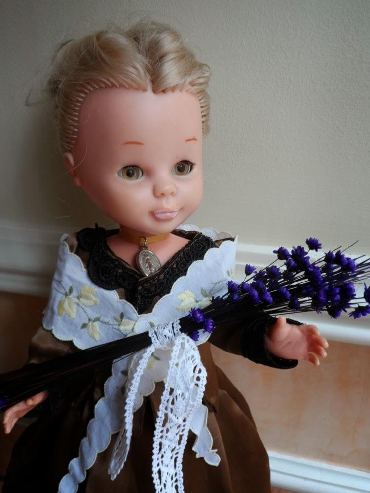 Nancy vestida con el traje de aragon