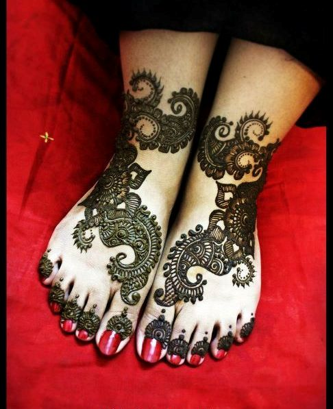 Mehndi Designs For Feet Toes : Latest mehndi design for hands feet