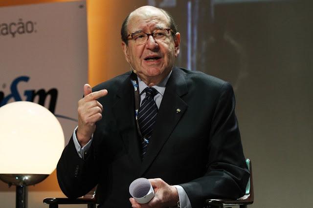 Morre aos 76 anos Roberto Civita, dono e presidente da 'Editora Abril'