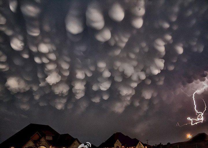 Nubes mammatus sección fotaza by Habitan2
