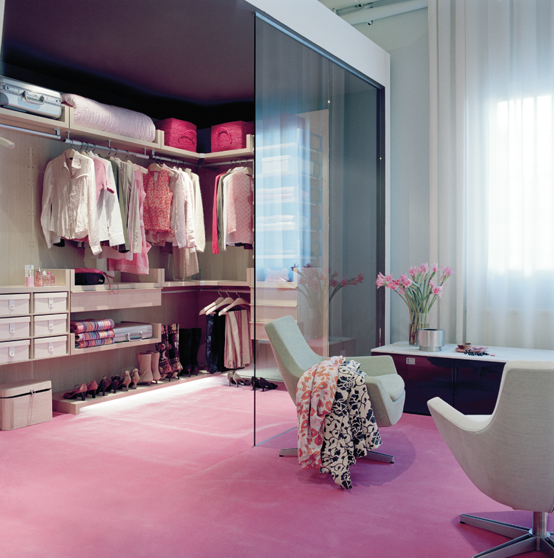story she wrote walk in closet. Black Bedroom Furniture Sets. Home Design Ideas