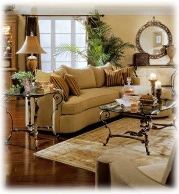 Un living elegante diferente con hierro forjado hogar for Arreglo de muebles de sala