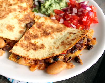 Oppskrift Hjemmelaget Quesadilla Bønnechili Vegansk Vegetar Meksikansk Salsa Guacamole