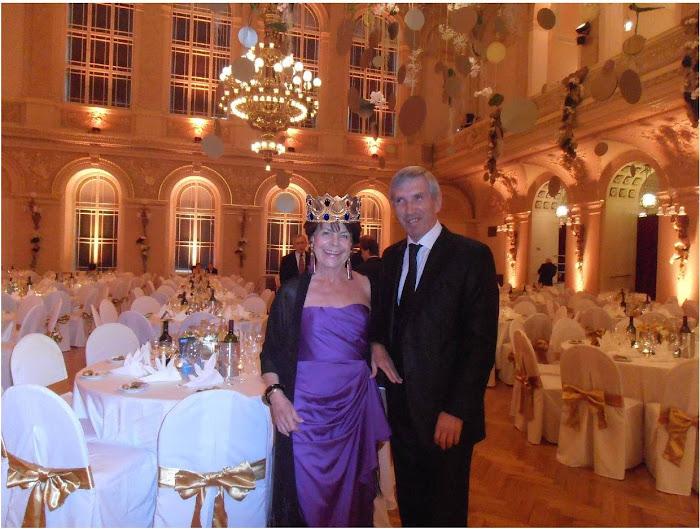 Dans ce magnifique décor, Xavier a transformé Michelle en reine d'un soir :-))
