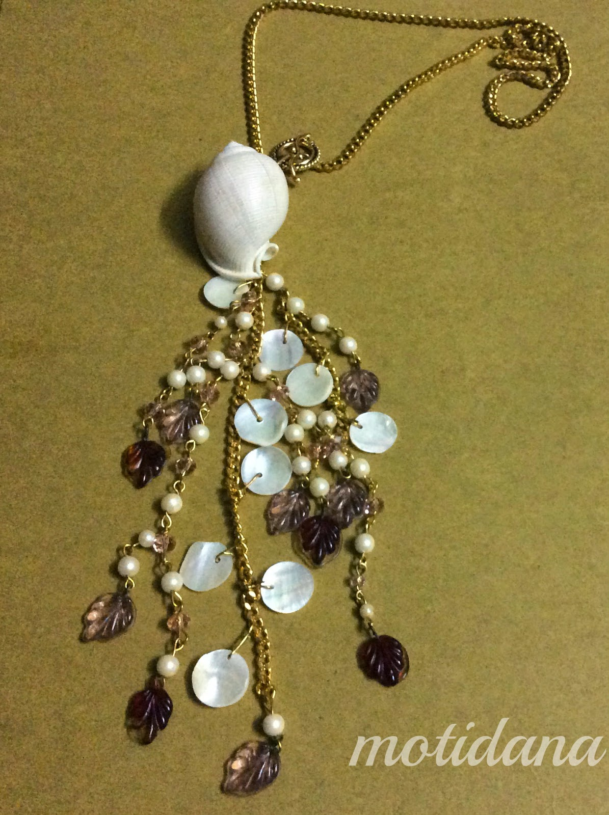 jewellery with shells