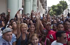 Pueblo cubano se congrega para ver a la diva Beyoncé